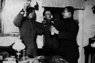 A dolgozó nép elsöpörte a magyar alkoholtilalmakat 100 éve