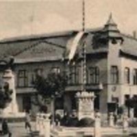 Száz éves a Hubay Jenő tér