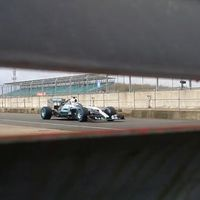 F1 - Hivatalos képeken a Mercedes W06 Hybrid!