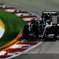 F1 - SZINGAPÚR, 2016: ROSBERG VOLT A LEGGYORSABB A MÁSODIK EDZÉSEN