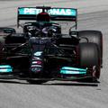 F1: Hamilton az élen, csúnyán lemaradt a Red Bull Barcelonában