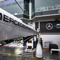 F1: Koronavírus-fertőzöttet találtak a Mercedesnél