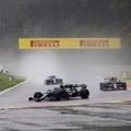 F1: Botrányt robbantott ki a kétkörös Belga Nagydíj