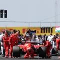 Így tér vissza kényszerpihenőjéről a Formula–1