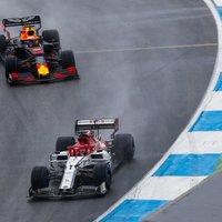 F1: Elkaszálták az Alfa Romeókat, Hamilton és Kubica is pontszerző