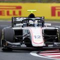 F1: Először vezethet Forma-1-es autót az Alfa Romeo növendéke