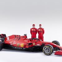 F1: Kiderült, ki vezetheti először az új Ferrarit
