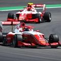 6 ezred döntött az év első F3-as pole-járól