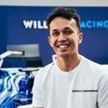 Hivatalos: Albon jövőre visszatér az F1-be