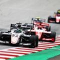 F3: Leclerc-ék nagyot csattantak, Vesti nyert