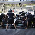 F1: Kulcsfontosságú kísérletbe vág a Mercedes