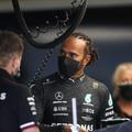 F1: Motorcsere miatt Hamilton is rajtbüntetést kapott