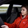 Videó: Így hívja fel a figyelmet a biztonságos vezetésre Keszthelyi Vivien
