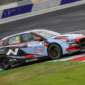 TCR EU: Engstlerrel nyert a M1RA a Red Bull Ringen, mindkét magyar baleset miatt betlizett