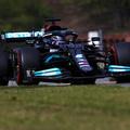 F1: Hajszállal ugyan, de Hamiltoné a pole Imolában