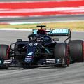 F1: Piros zászló, Mercedes-fölény az időmérő előtt