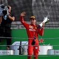 F1: Nem akármilyen ajándékkal lepte meg Leclerc-t a Ferrari