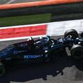 F1: Drámai végjáték után Hamilton nyert Verstappen előtt