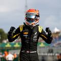 Karanténba zárták a Renault juniorját, kihagyja az F2-es tesztet