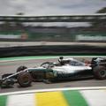 F1 - OCON AZ ÉLRŐL ÜTÖTTE KI VERSTAPPENT, HAMILTON NYERT BRAZÍLIÁBAN