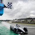 Formula–E: De Vries jött ki győztesen az energialutriból