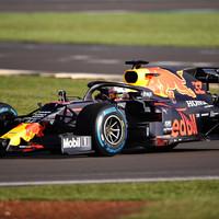 F1: Megérkezett az új Red Bull, az RB16-os – képek