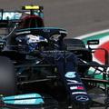 F1: Mercedes-fölény a piros zászlókkal tűzdelt imolai pénteken