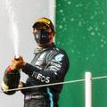 F1: Hamilton megkongatta a vészharangot – jöhet a visszavonulás?