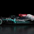 F1: Fekete ezüsttel – így újult meg 2021-re a Mercedes autója