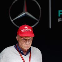 F1 - TOVÁBBI RÉSZLETEK DERÜLTEK KI NIKI LAUDA ÁLLAPOTÁRÓL