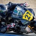 Csak az orvosok tudták visszafogni a kezét és lábát törő magyar motorversenyzőt