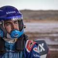 Hivatalos: Alonso célba vette a 2020-as Dakar-ralit!