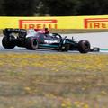 F1: Lecsapott Verstappen hibájára a Mercedes, Bottas a pole-ban