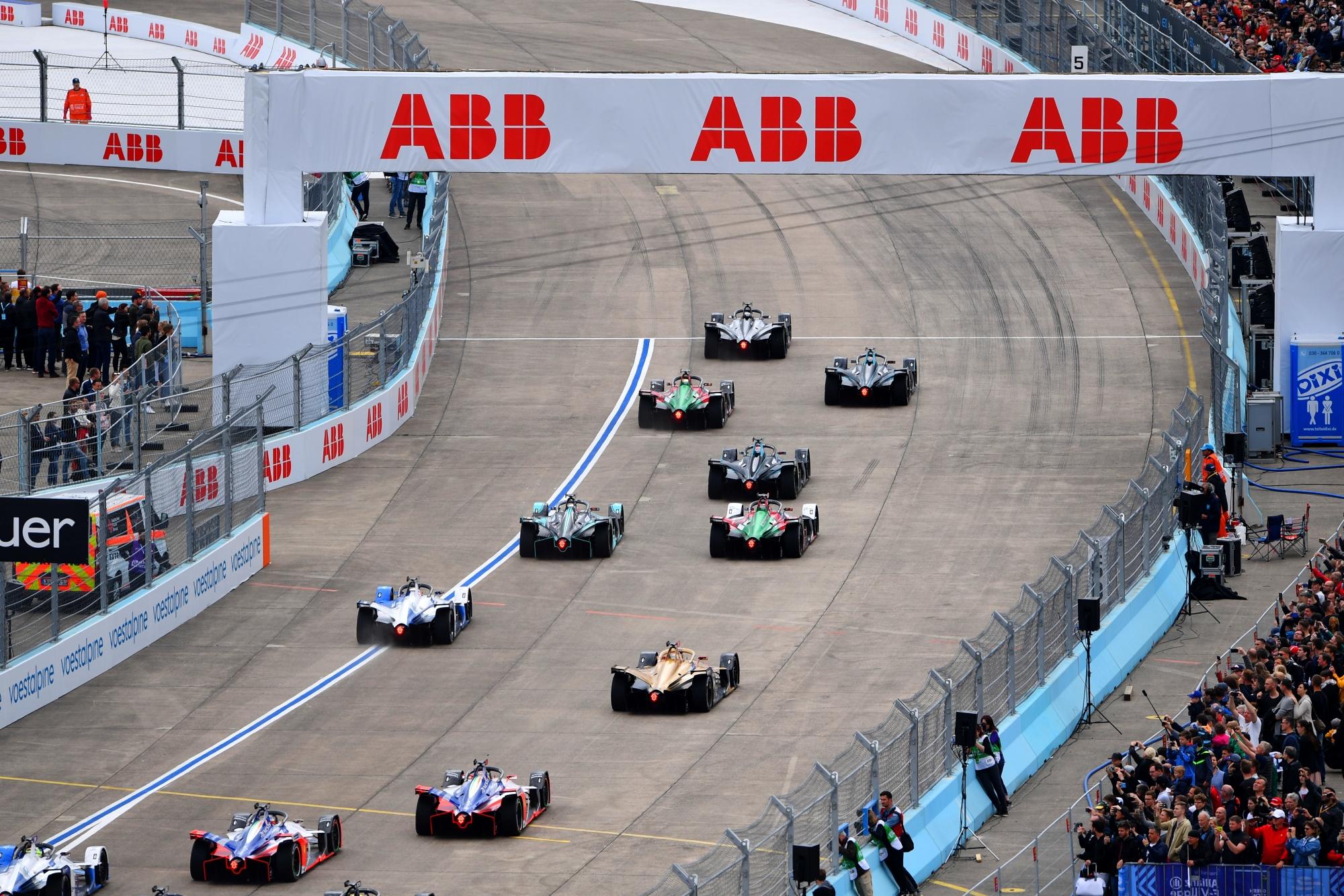 Máris tragédia árnyékolja be a Formula–E szezonzáróját