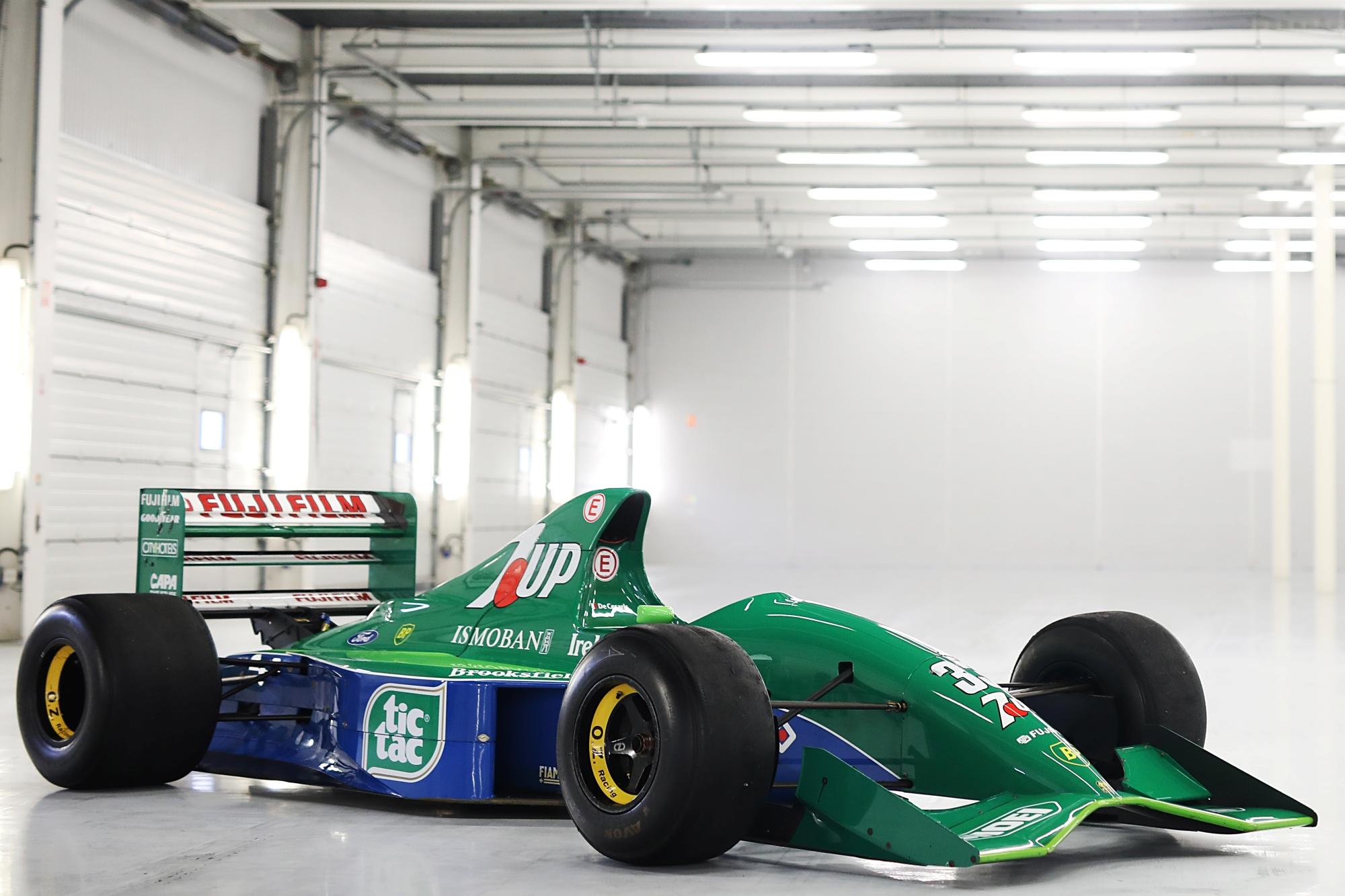 Eladó Michael Schumacher első F1-es autója