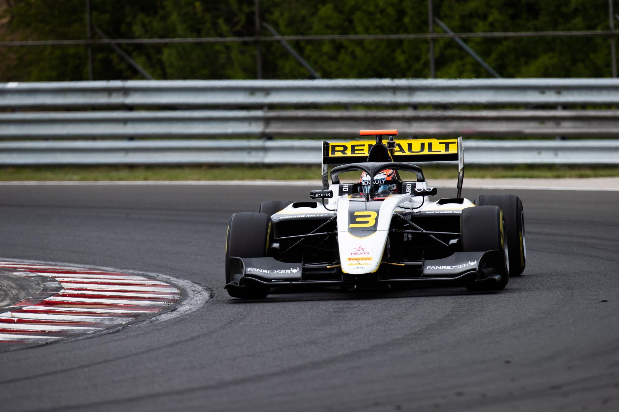 F3: Valenciában tesztel a Forma-3, Billy Monger is autóba ül