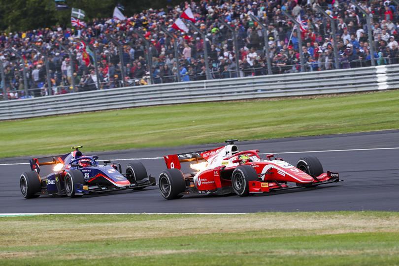F2: Mick Schumacher miatt terítéken volt a hockenheimi Forma-2-es verseny