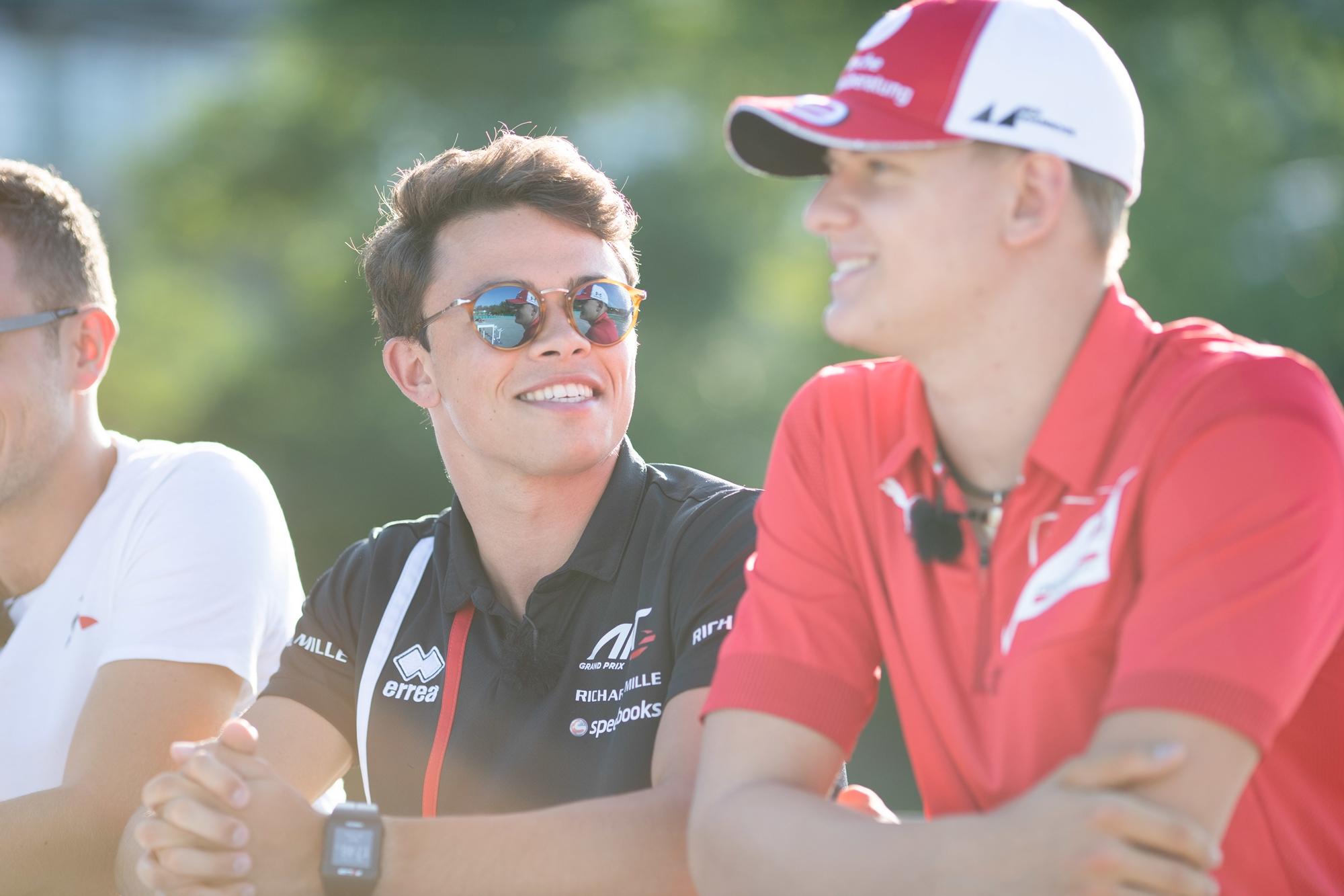 F2: A bajnoki éllovas kezdett az élen, Schumacher második a Hungaroringen