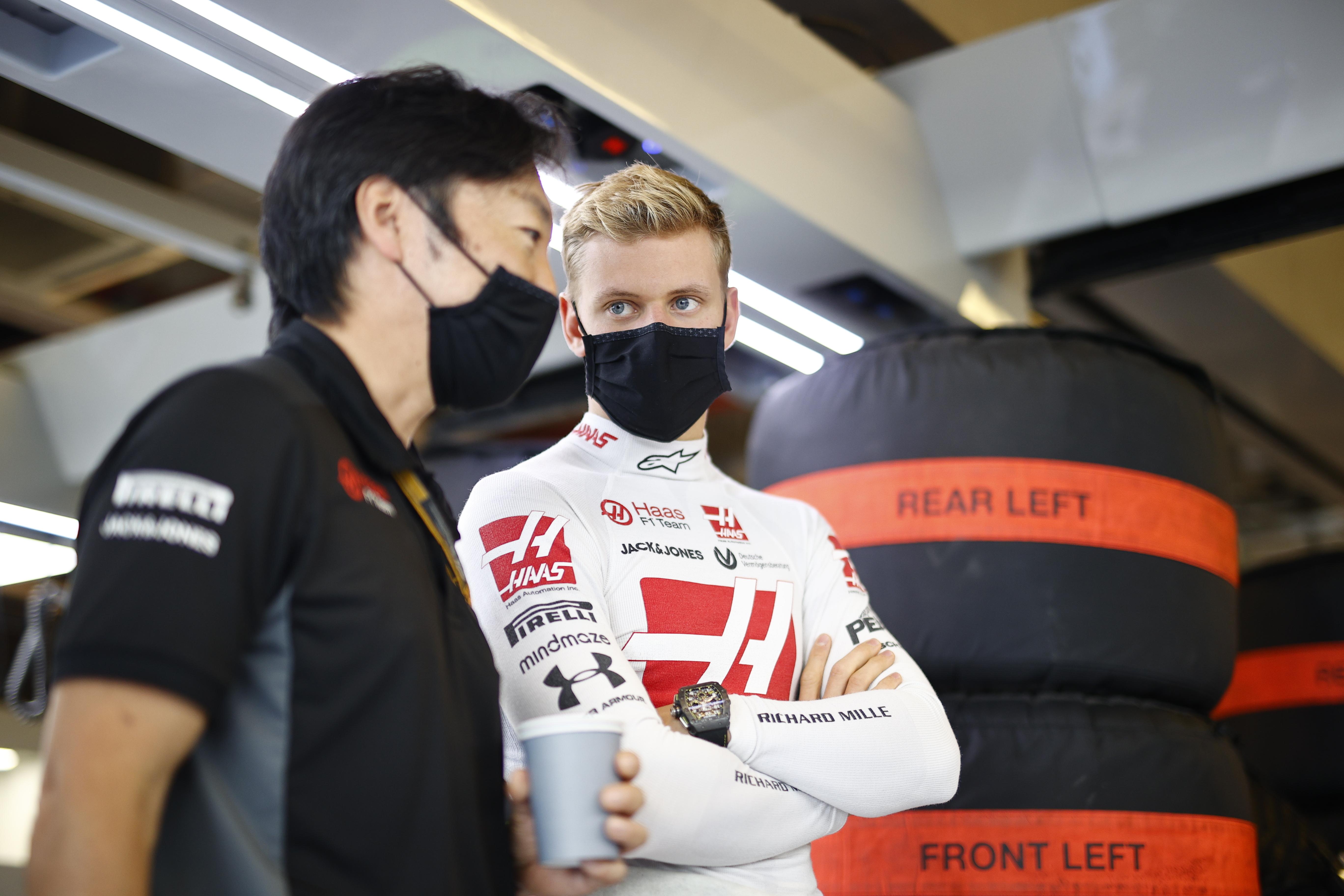 F1: Már bemutatkozó évében komoly löketet kap Mick Schumacher