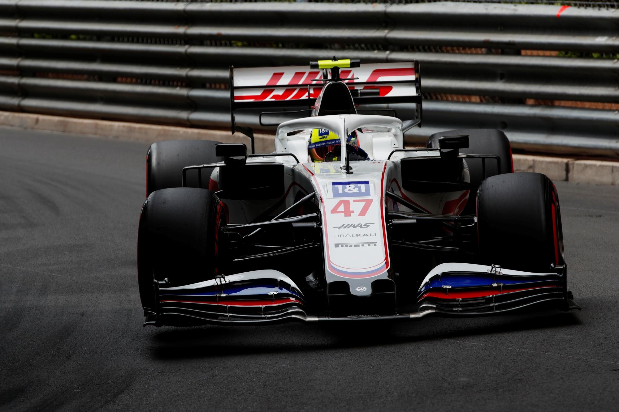 F1: Sokba került a Haasnak Schumacher balesete
