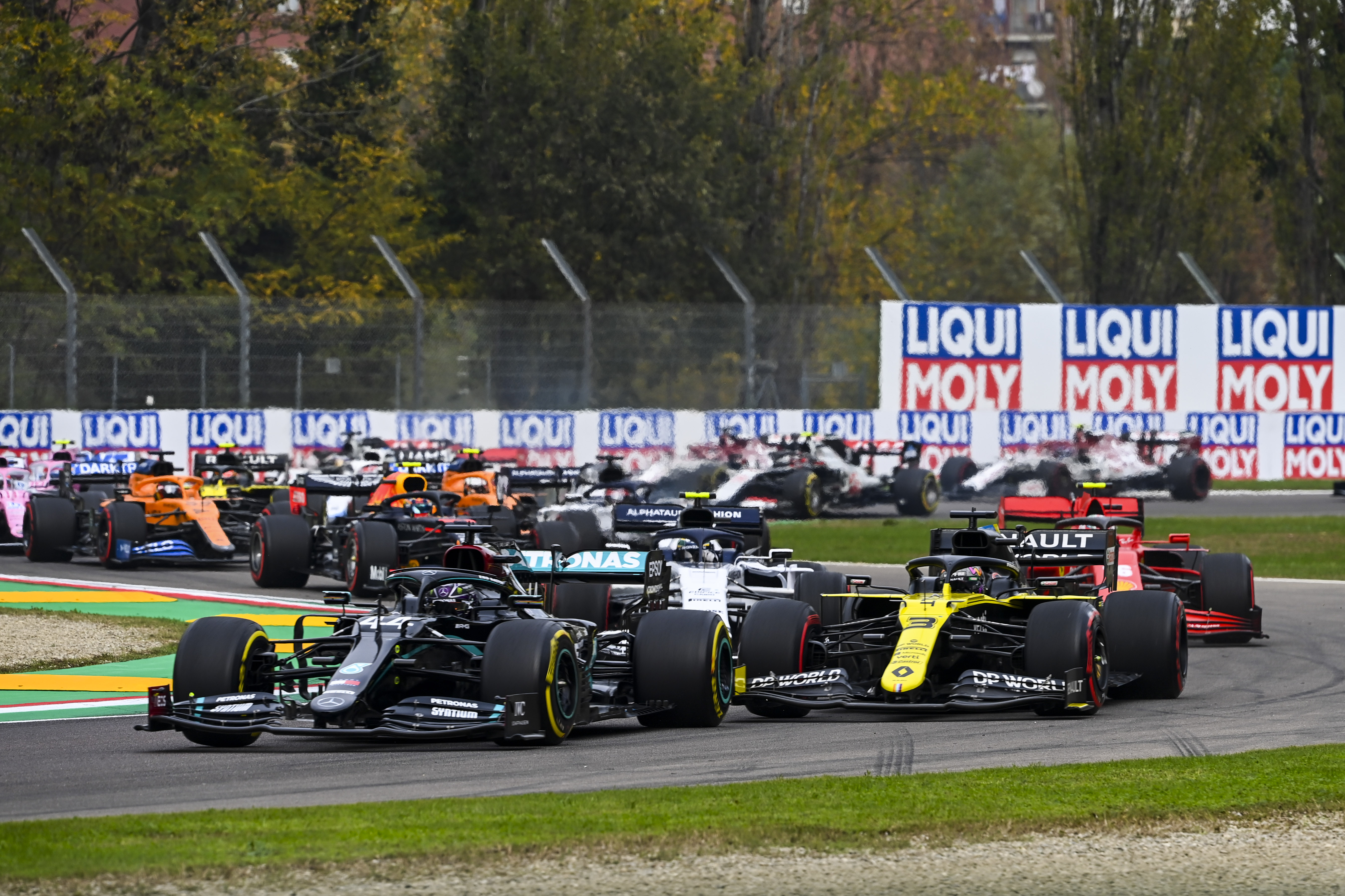 Őrült változásokat tartogat az F1-es naptár