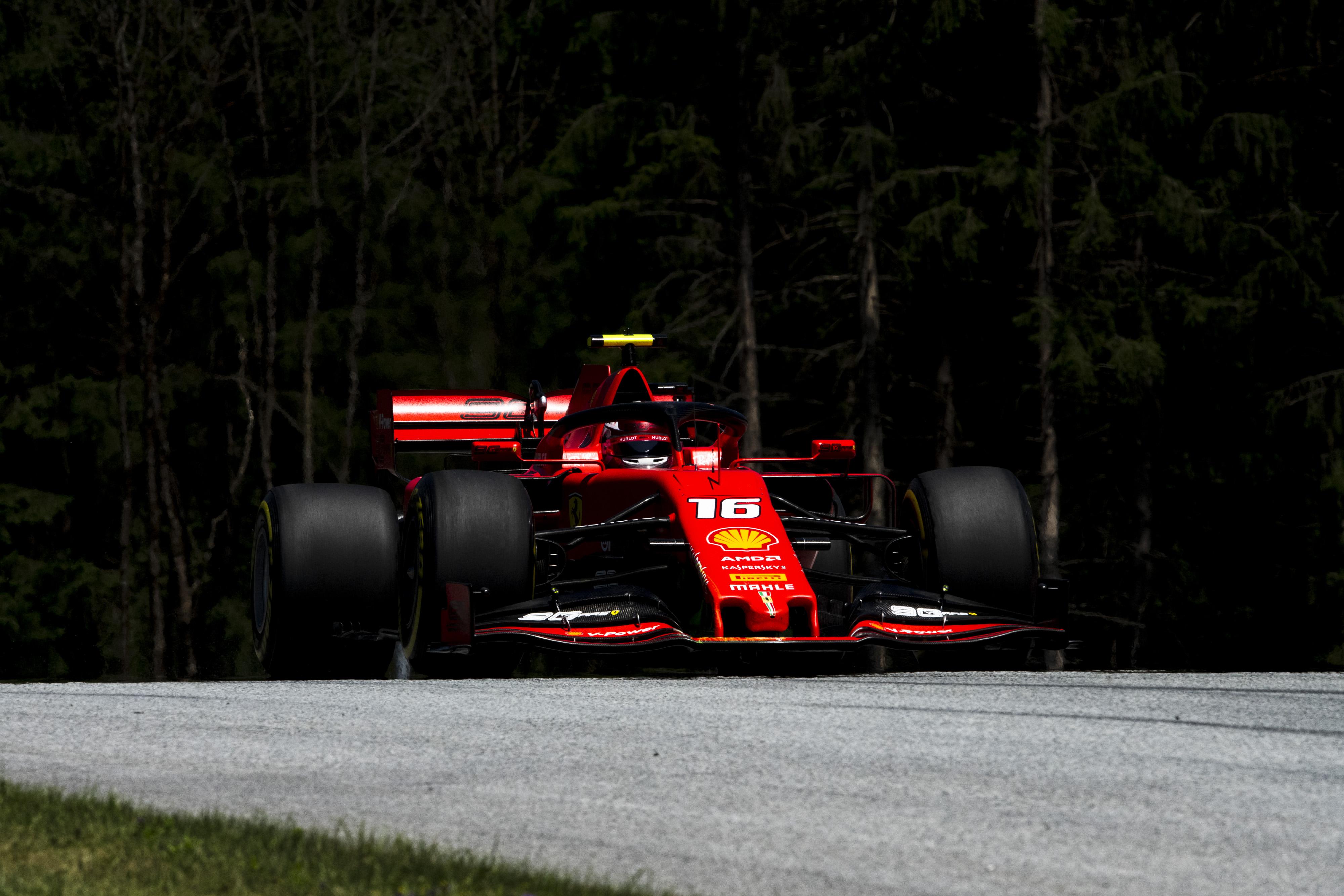 F1: Bottas, Vettel és Verstappen is elszállt Ausztriában, Leclerc az élen