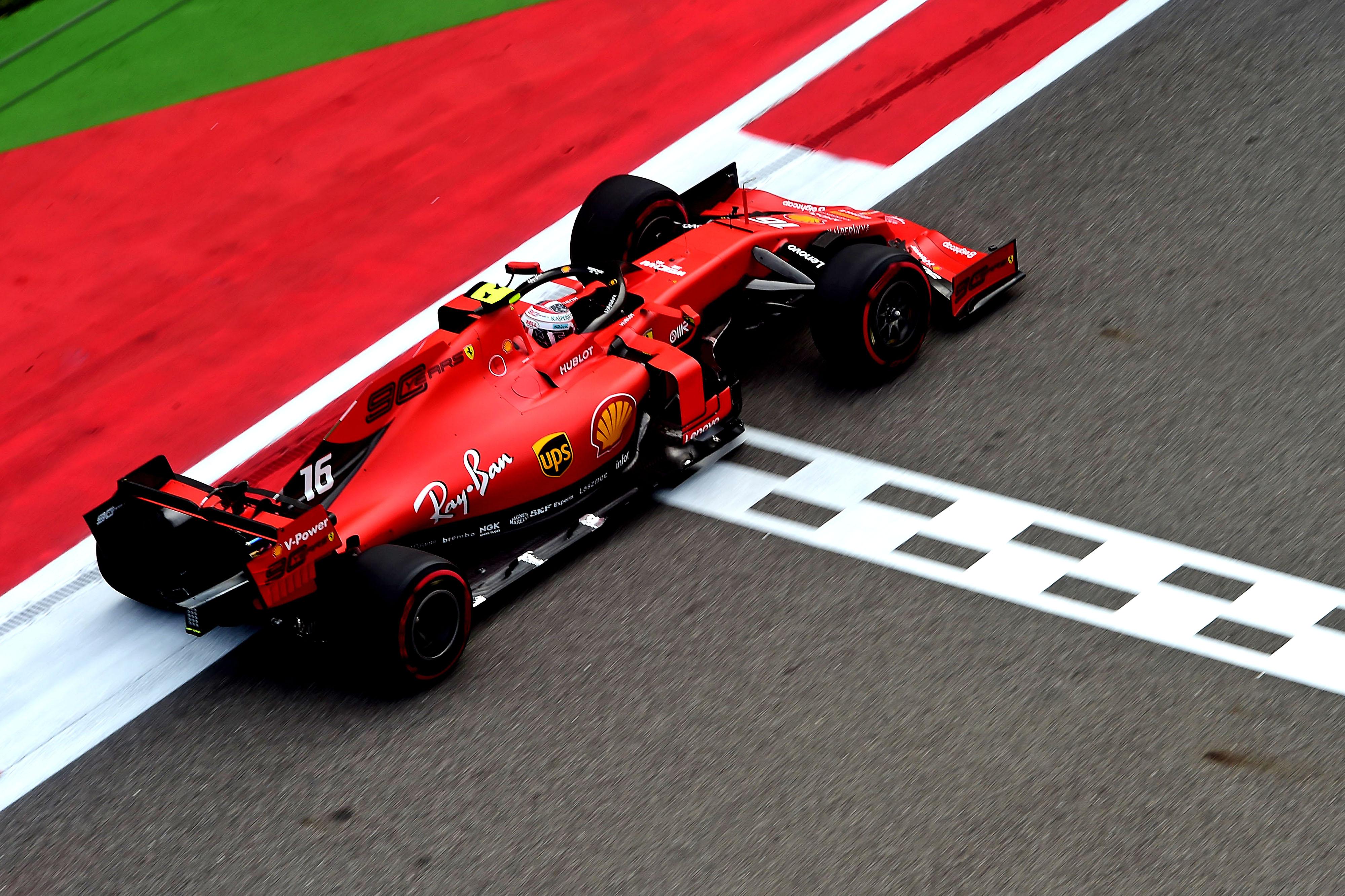 F1: Leclerc zsinórban negyedjére a pole-ban, az orosz időmérőn is verhetetlen volt