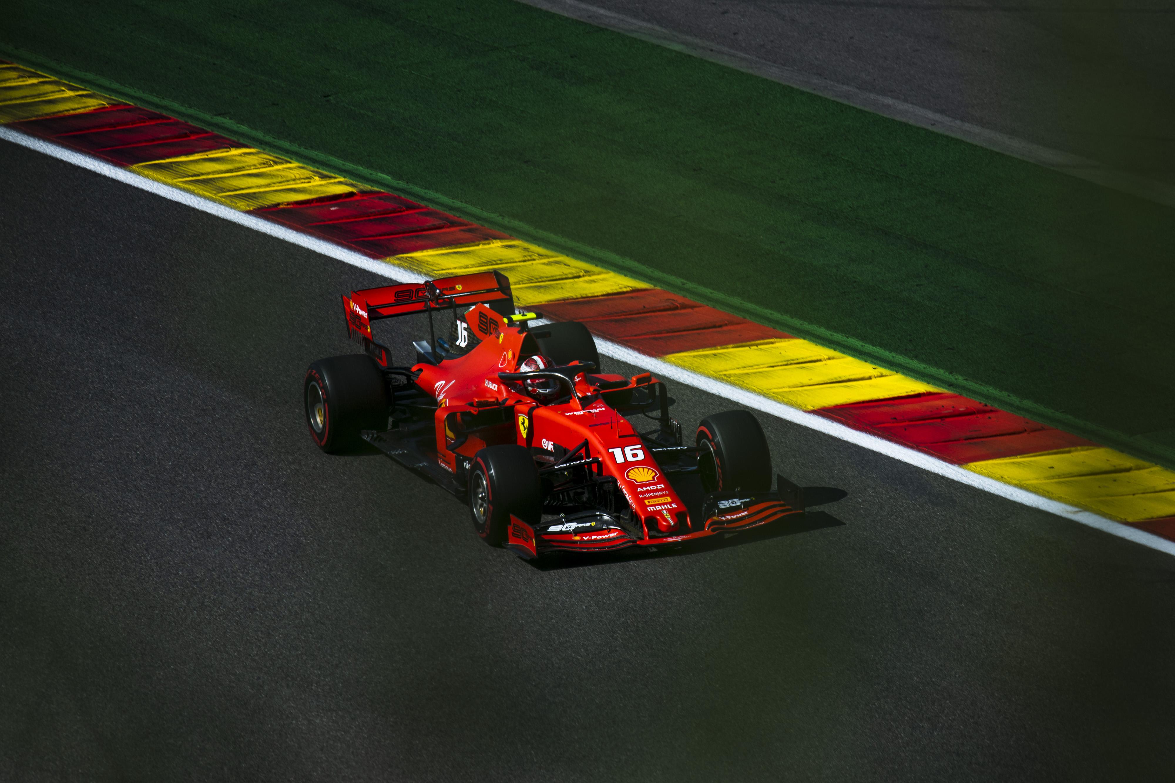 F1: Verseny és győzelem Anthoine-ért – Leclerc nyerte a Belga Nagydíjat!