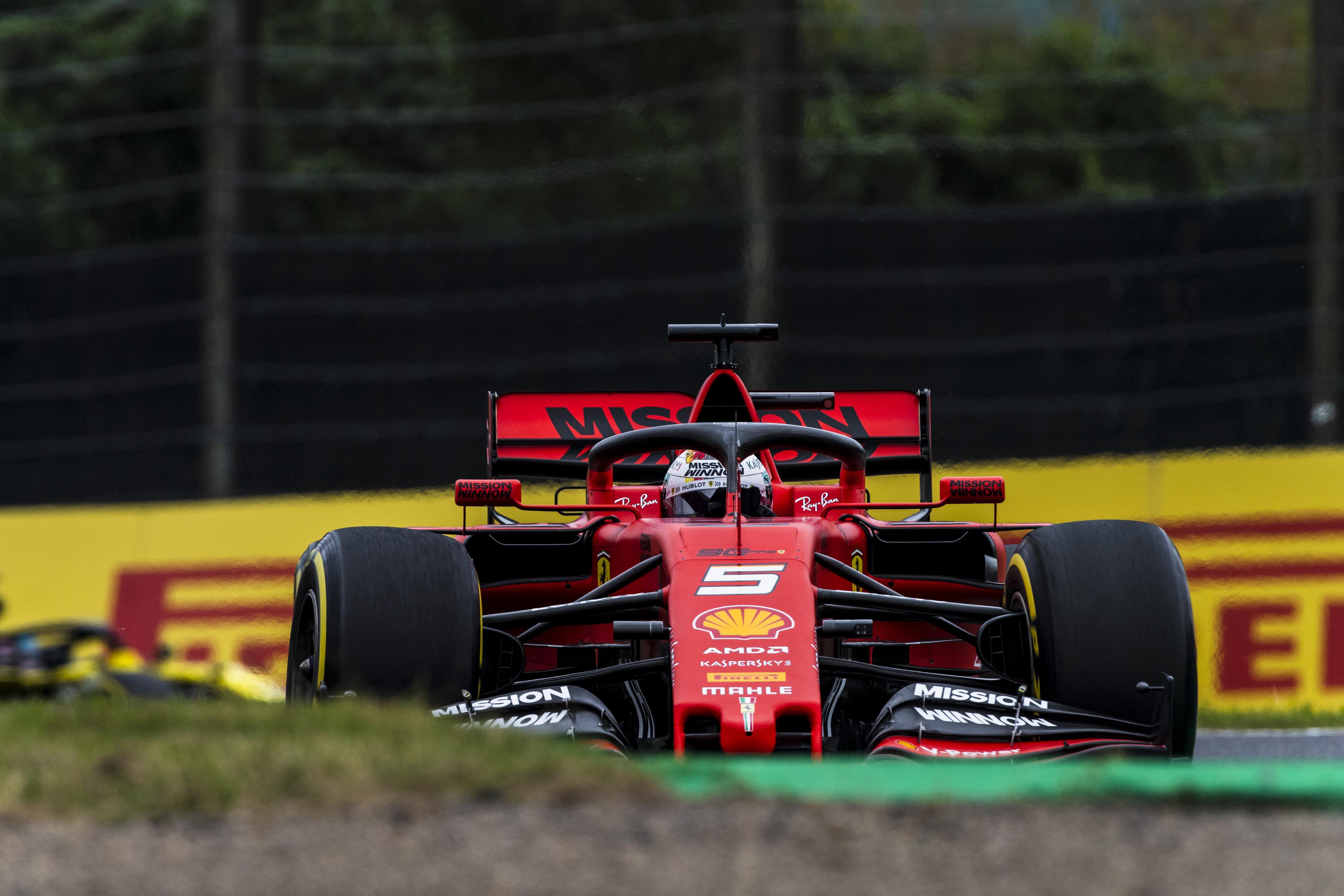 F1: Ferrari első sor Japánban, Vettel legyőzte Leclerc-t!