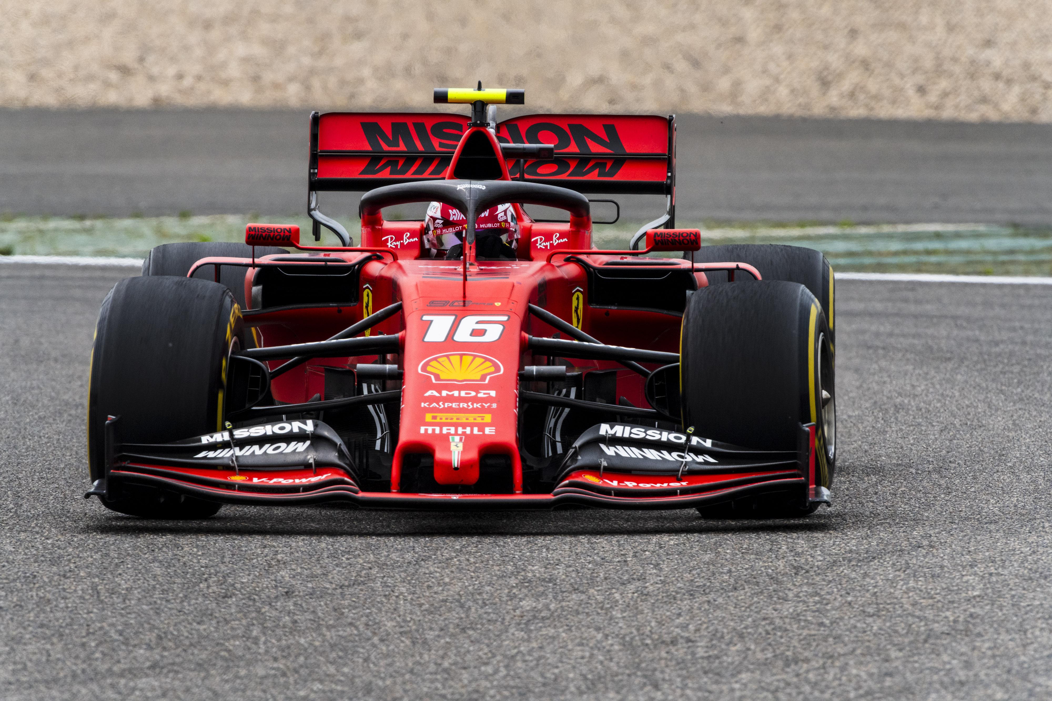 F1: Őrült párharc után duplázott Leclerc a virtuális bajnokságban