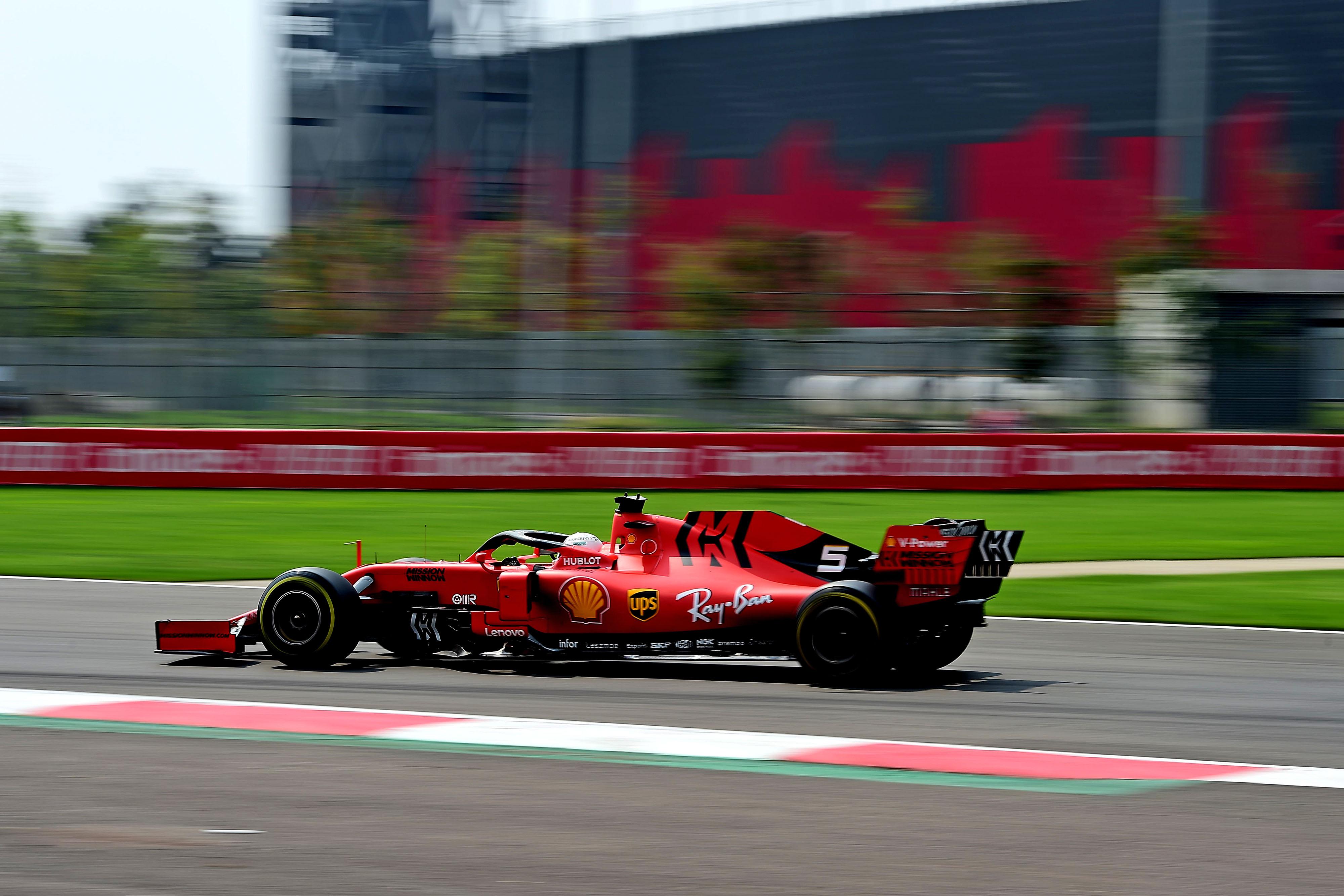 Videó: Az idei F1-es Ferrarit is beindították!