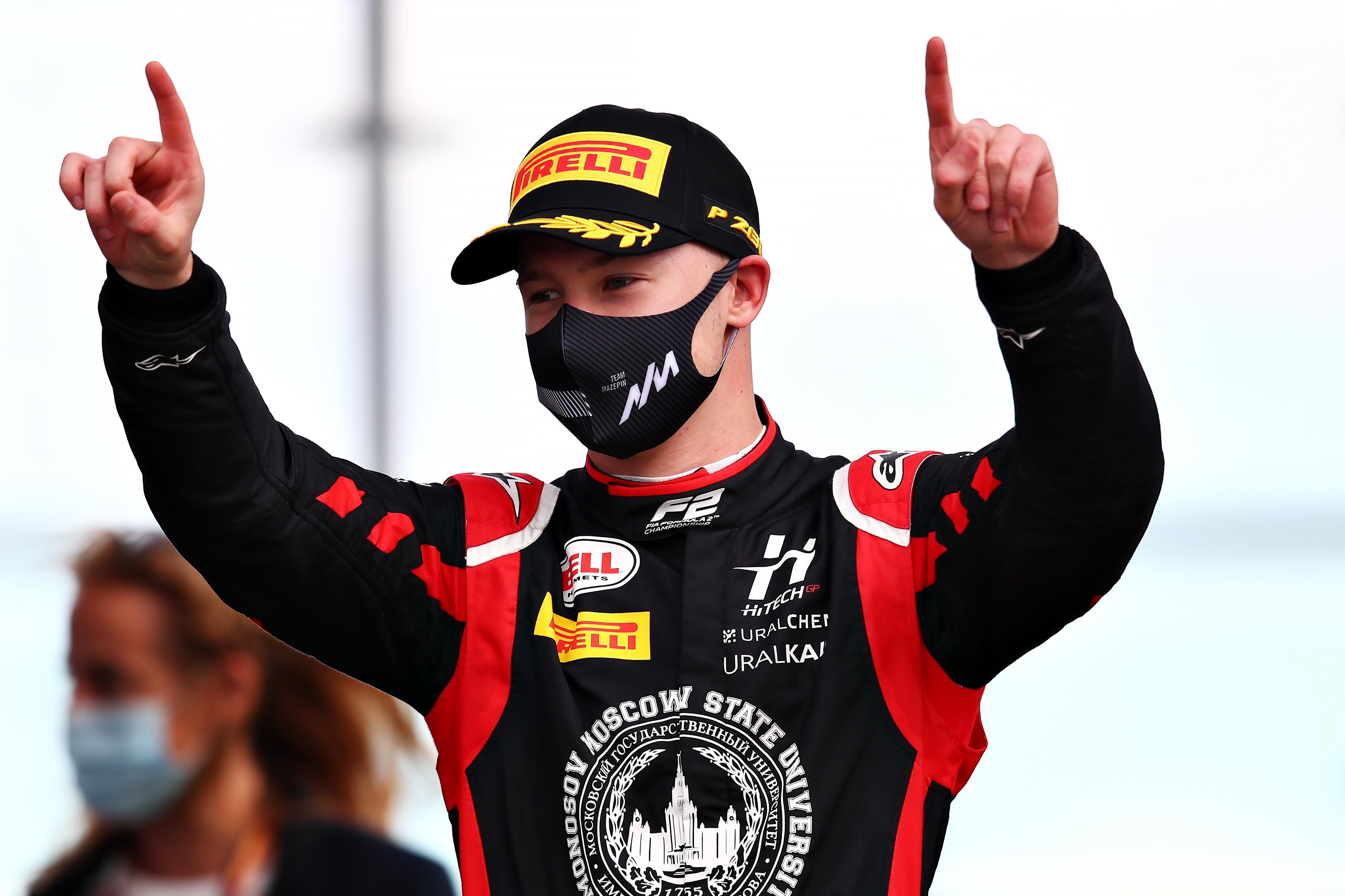 F1: Közúton is kihúzta a gyufát Mazepin