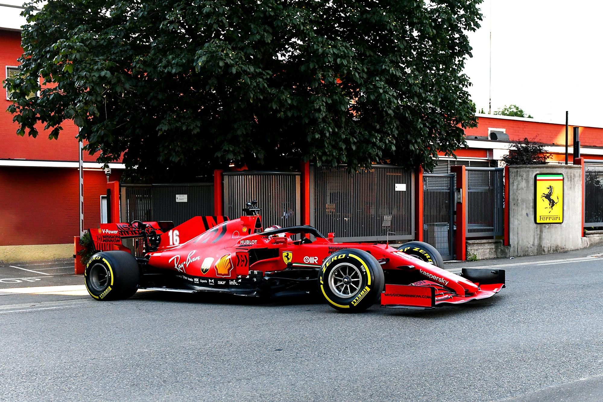 F1: Hátrányban lehet a Ferrari, mégsem jönnek a fejlesztések?