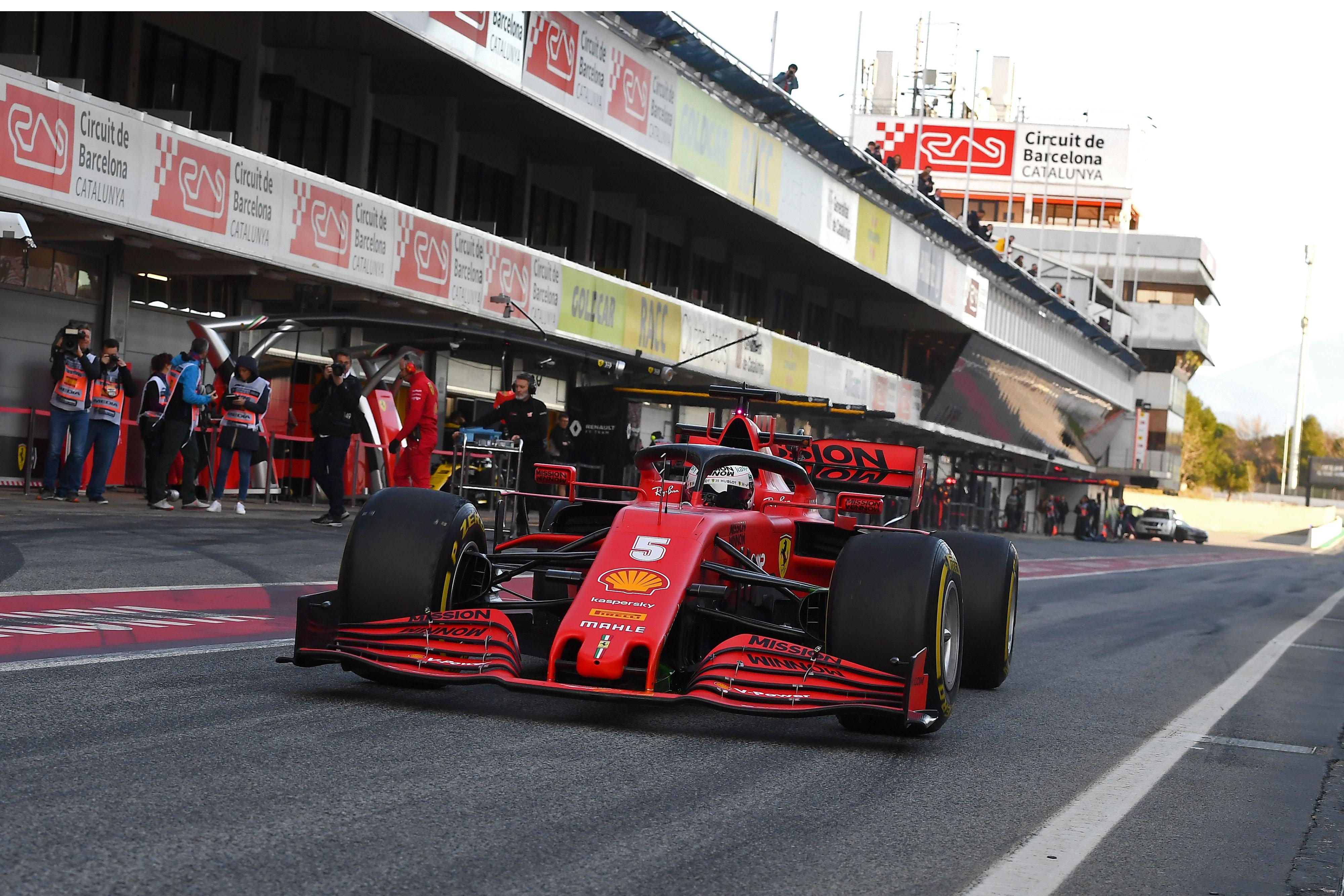 F1: A Ferrari is szemezett a Mercedes trükkjével